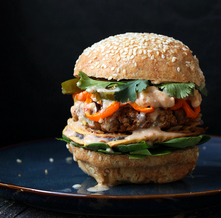 Lentil-cauliflower-burger-Sweet-potato-bake-149