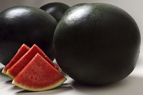 Densuke-Black-Watermelon-6100