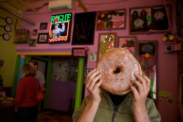 Voodoo-Doughnuts-Texas-Challenge-donut