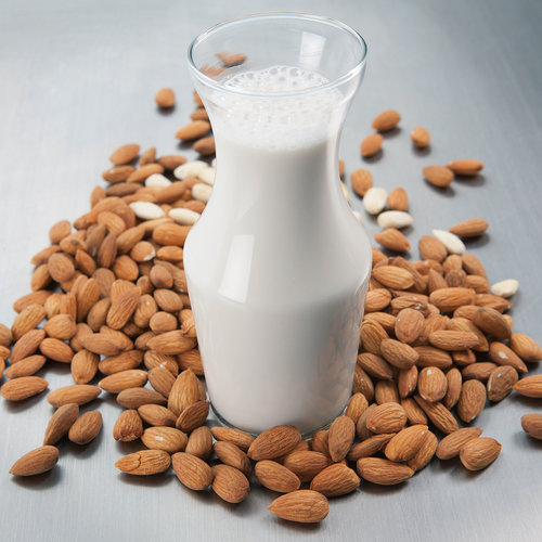 almond-milk-raw_0