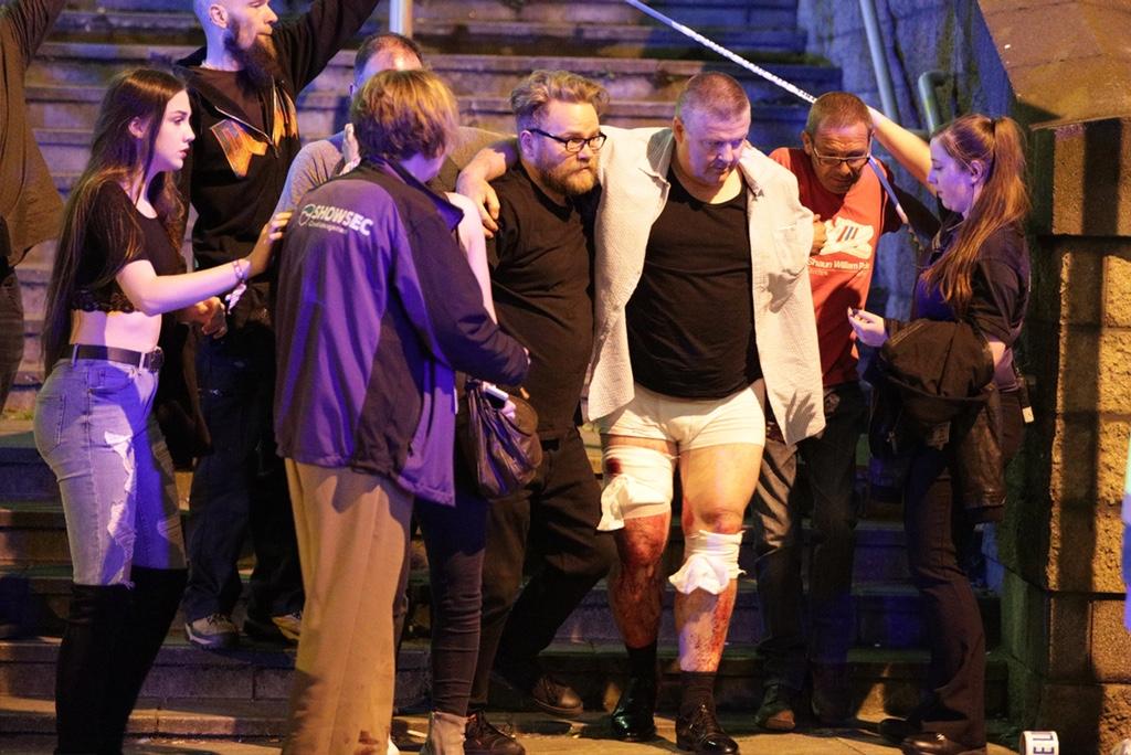 ariana-grande-manchester-show-bombings.jpg