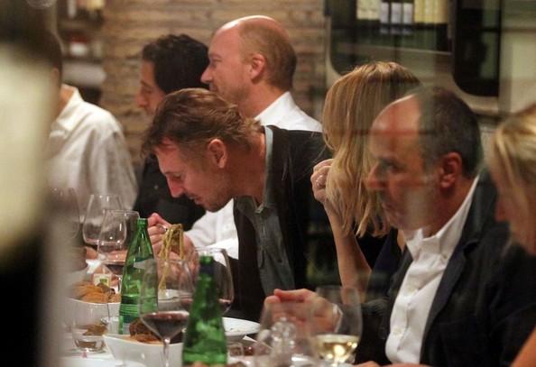 Liam+Neeson+Third+Person+Cast+Dines+Rome+BuH0Eepfa3rl